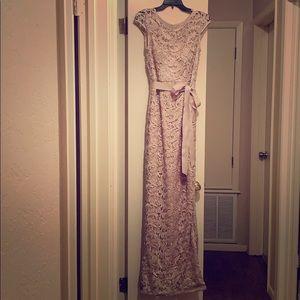 Gorgeous Formal Lace Dress